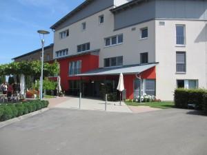 Geriatrum (R) Altenpflegezentrum Eich Im Giessen 11, 67575 Eich